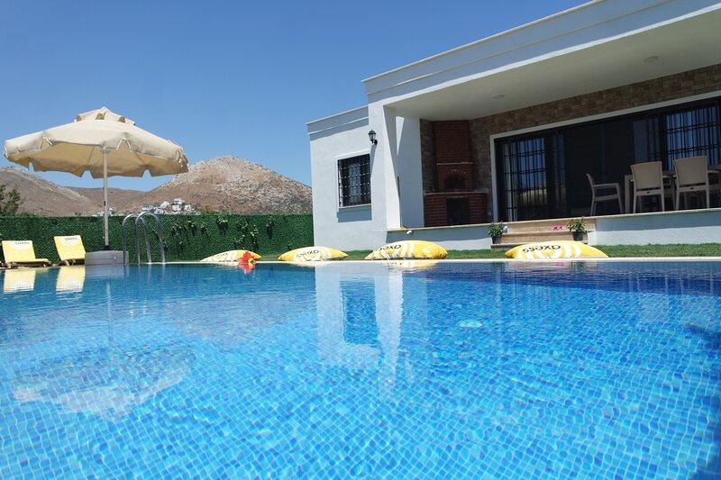 Honeymoon Villa, alquiler de vacaciones en Turgutreis