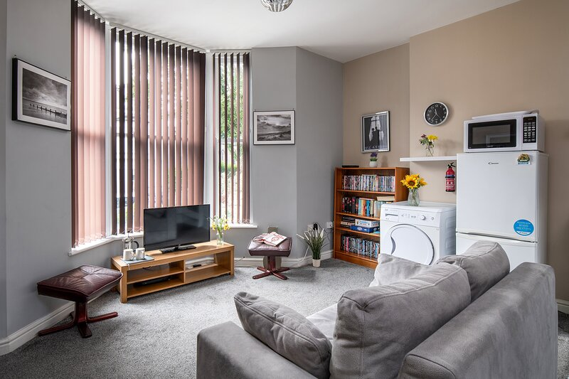 Ground Floor | Llandudno | Holiday Apartment | Conwy County | Family Friendly, casa vacanza a Llandudno