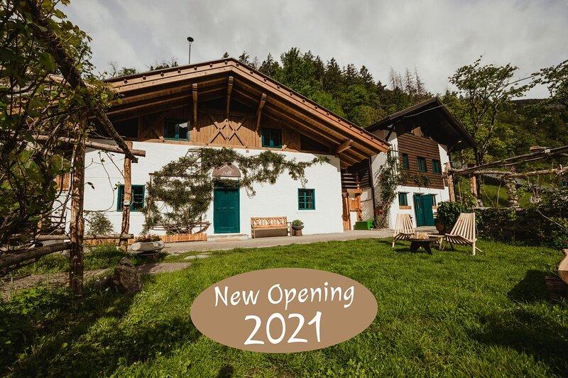 Chalet Passeier - ZOLL, holiday rental in Tirolo / Dorf Tirol