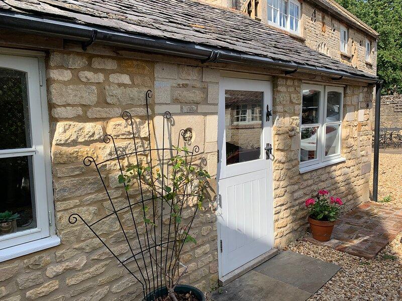 Halliday's Cottage, Rutland Retreat, Sleeps 2 plus 2, location de vacances à Castle Bytham