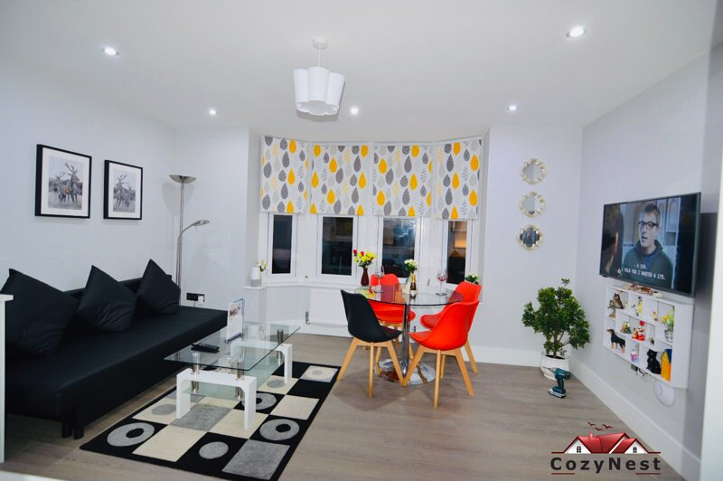 Executive Central Self Contained Flat by CozyNest, holiday rental in Highmoor Cross