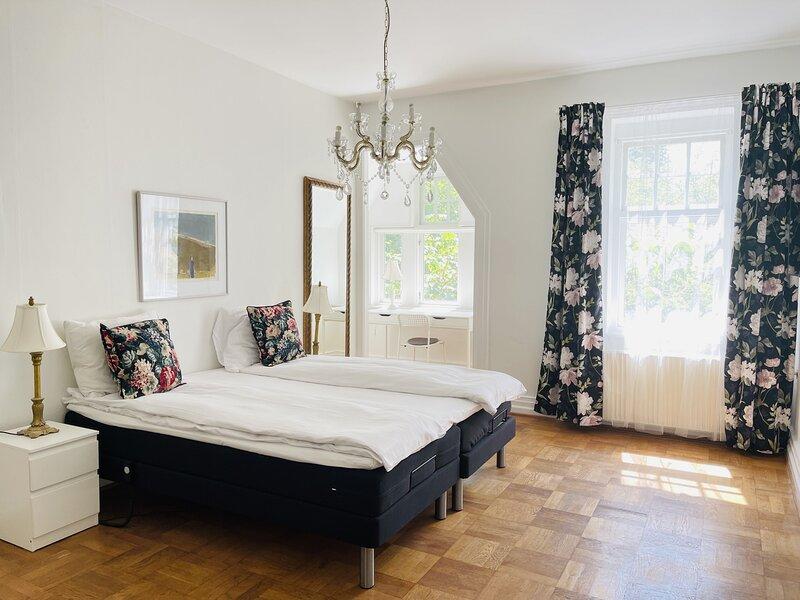 Adnana - Aalborg Mansion - Room 3, alquiler vacacional en Aalborg