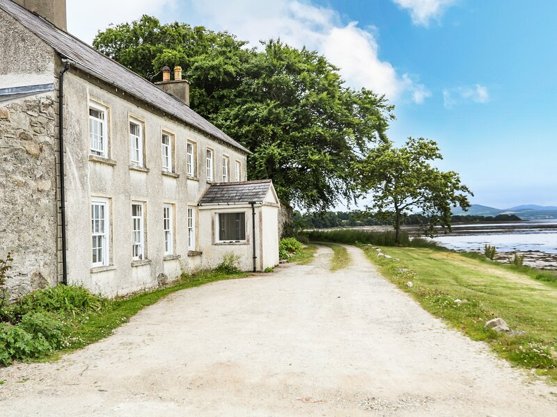 Ferry House, Ramelton, County Donegal, holiday rental in Ramelton