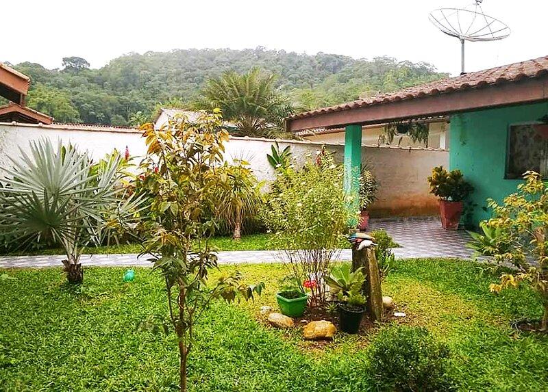 Casa com churrasqueira e WI-FI em Ubatuba, location de vacances à Ubatuba