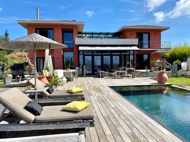 VILLA SUNSET VI4236 By Riviera Holiday Homes, vacation rental in Colomars