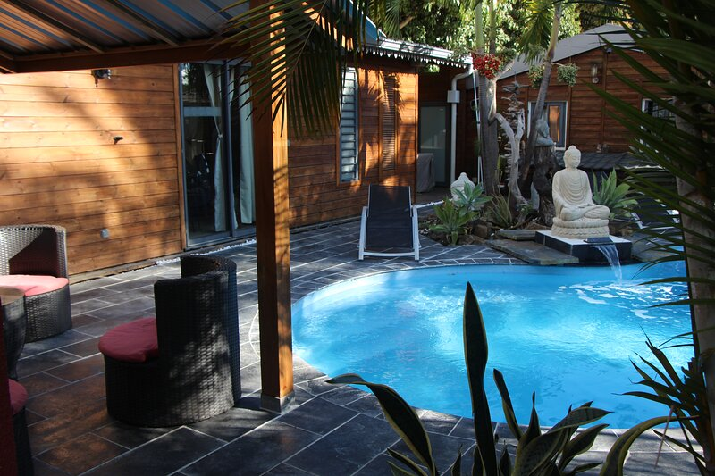 Liane de Jade 974 - Lodge 'LE PALISSANDRE', holiday rental in Dos d'Ane