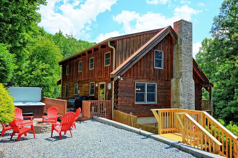 A Wooded Escape, holiday rental in West Jefferson
