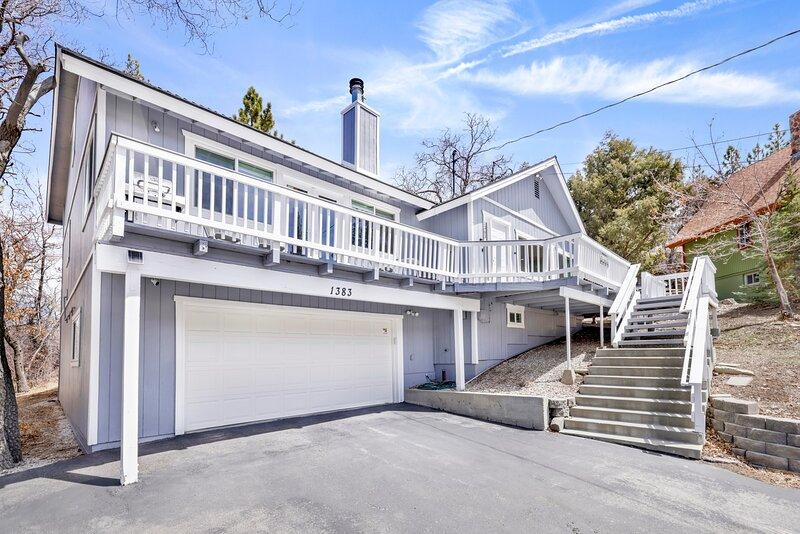 Handrail,Banister,Railing,Garage,Staircase