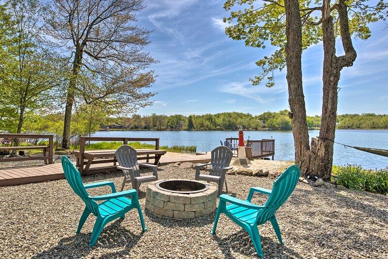 Poconos Lake House w/ Panoramic Views of Carobeth!, holiday rental in Tobyhanna
