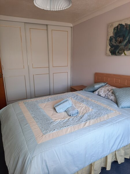 Toads Retreat  Bungalow, holiday rental in Longcombe