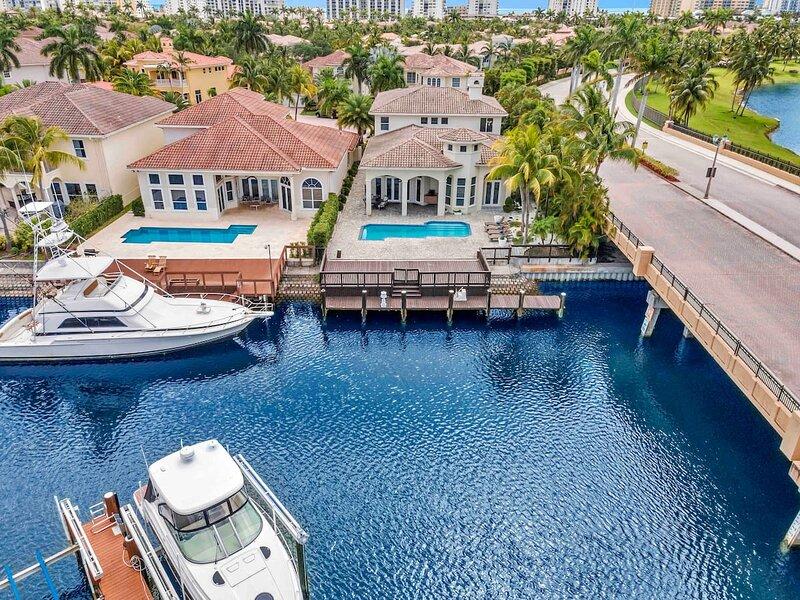 THREE ISLAND VILLA • MIAMI • WATERFRONT, vacation rental in Hallandale Beach