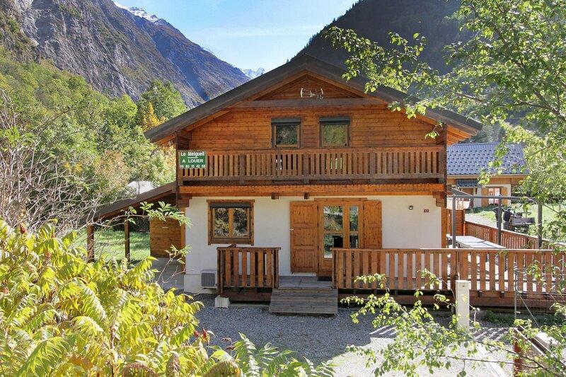 Chalet - 400 m from the slopes, holiday rental in Saint-Christophe-en-Oisans