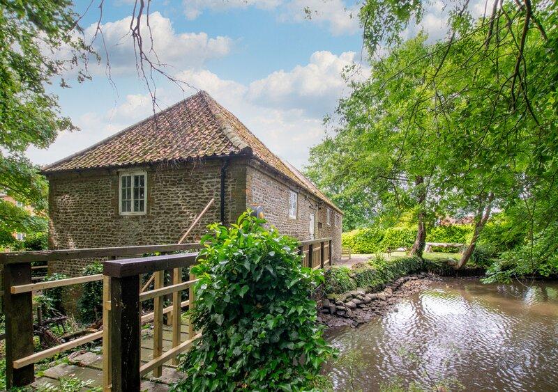 Snettisham Water Mill, holiday rental in Sandringham