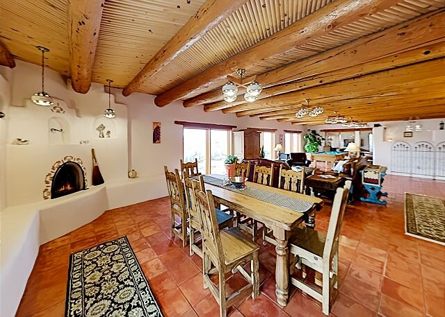 Picture-Perfect Panoramas   Mountain-View Home, 2 Acres   Indoor Hot Tub, holiday rental in Carson