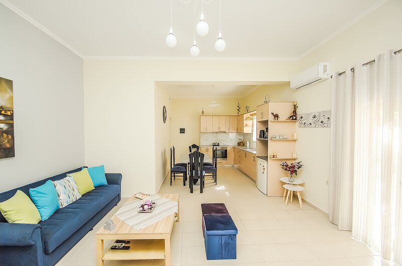 Apartment in a typical village close to Balos - Elafonisi and Falasarna!, vacation rental in Elos