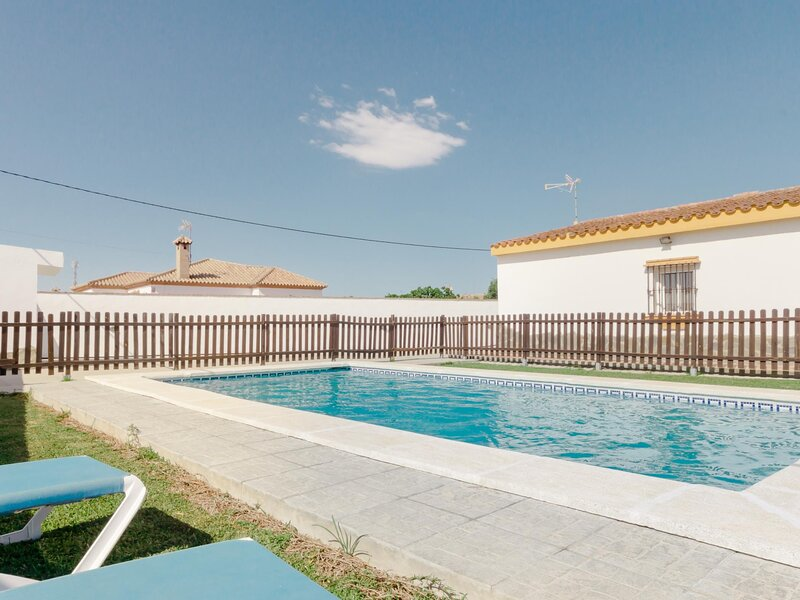 Country house with private pool in Conil, holiday rental in Barrio Nuevo