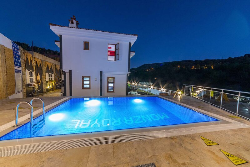 Fabulous  Villa With Private Swimming Pool,Söğüt, holiday rental in Sogut