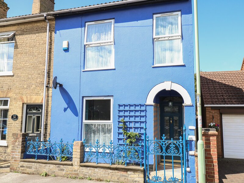 Blue Jeans, Lowestoft, vacation rental in Barnby