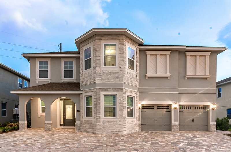 Luxurious Home at Encore Resort - 11beds 11.5 bath, holiday rental in Orlando