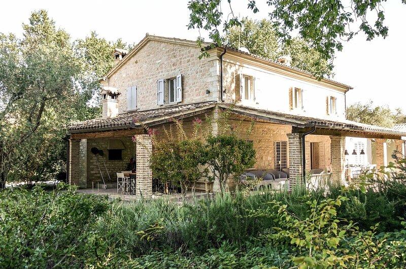 La Casa Tra Le Querce, casa vacanza a Bellaguardia
