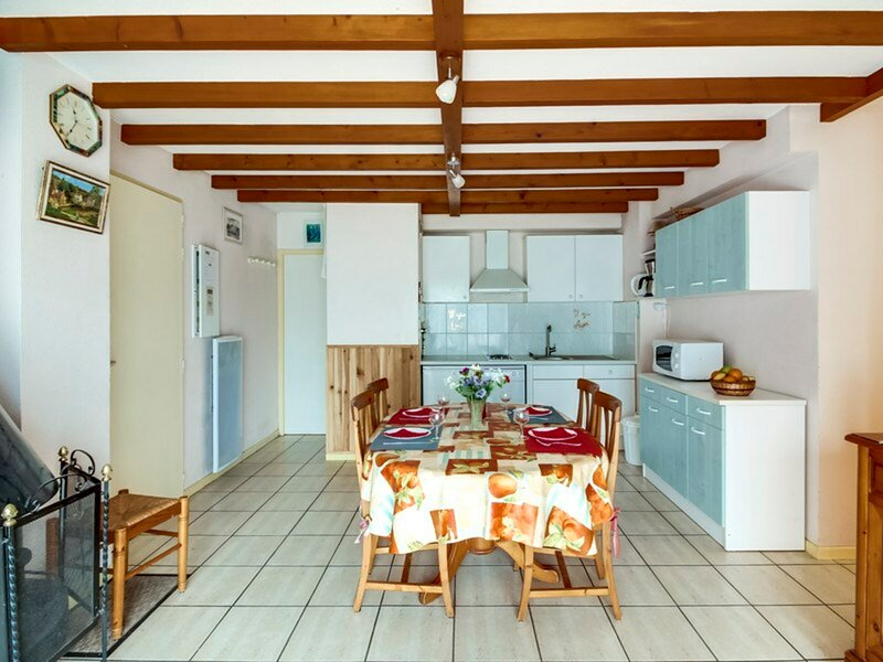 APPARTEMENT T3 6 PERSONNES RESIDENCE PRIMAVERA WIFI, holiday rental in Viscos