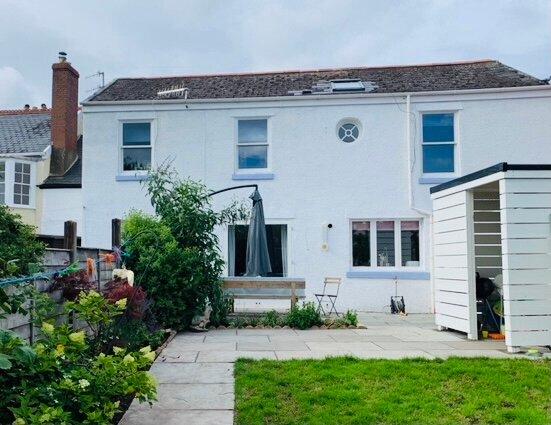 The Hidden House: Family friendly home in Dawlish, location de vacances à Dawlish