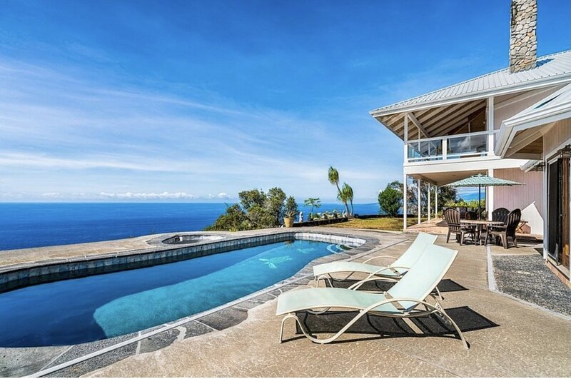 Affordable Luxury, Fantastic Unobstructed Ocean View with Pool, casa vacanza a Paauhau