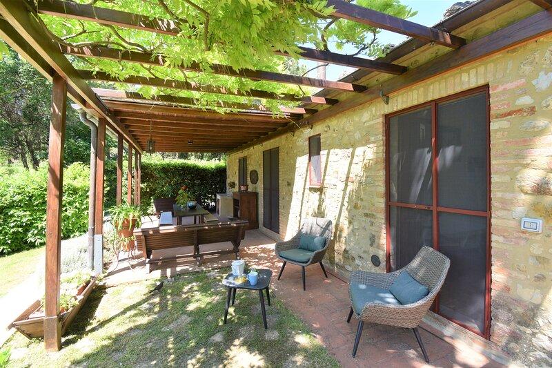 Restored Barn - country home, casa vacanza a Monteriggioni