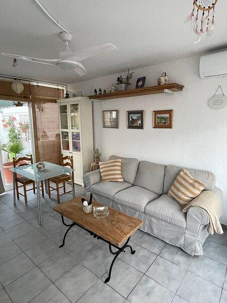 Alquiler Vacacional Hogar Compartido, location de vacances à El Roc de Sant Gaieta