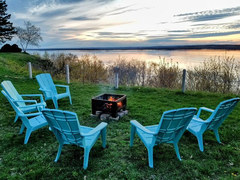 Grandiose view of the St. Lawrence River, holiday rental in Lotbiniere
