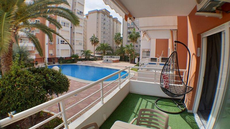 Apartamento Las Alondras en Playa de Gandia, holiday rental in Grau i Platja