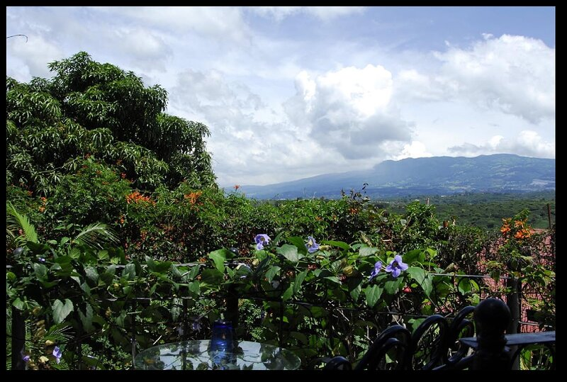Mi Costa Rica Casa - Poas Room, holiday rental in Pilas