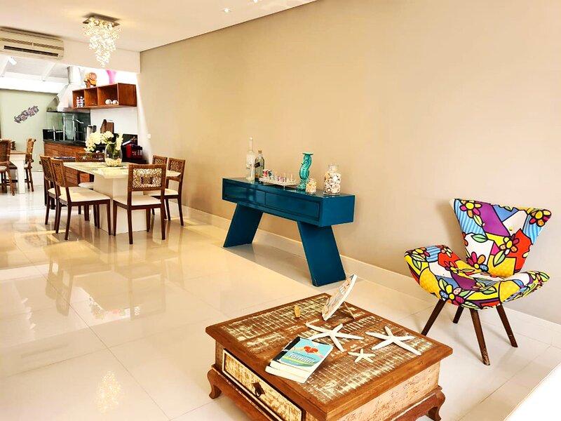 Incrível casa com lazer na Praia de Juquehy/SP, holiday rental in Barra do Una