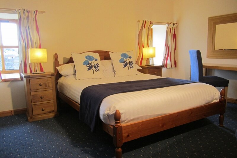 Dolphin Bay Suites, one bedroom serviced apartment, casa vacanza a Cromarty Firth