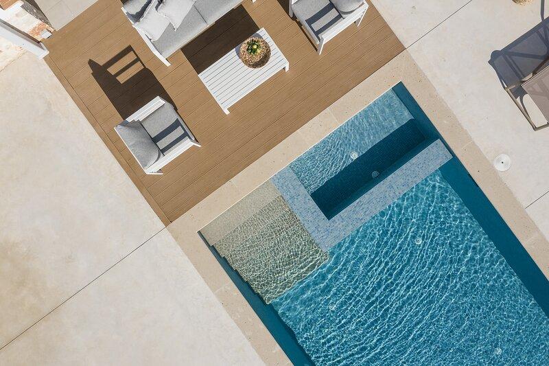Evaero Villa III, an ever-so inviting escape!, location de vacances à Skaleta