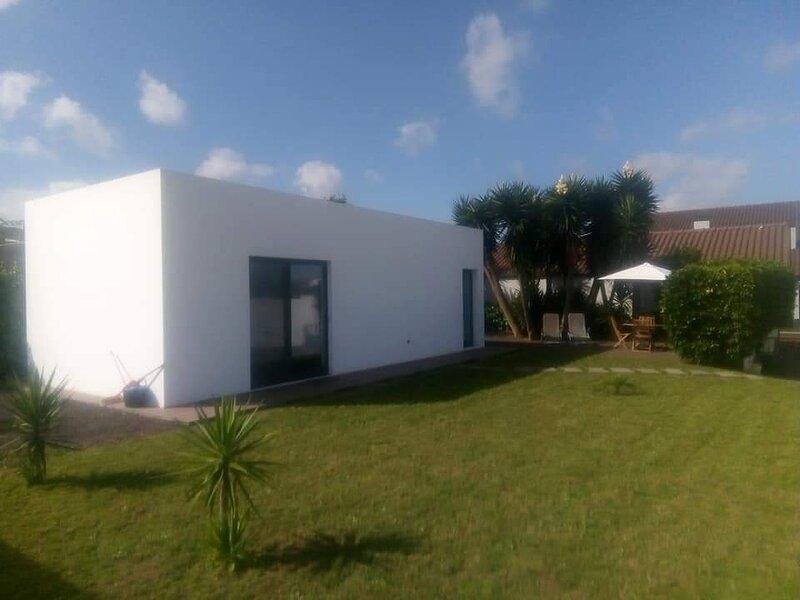 Impeccable 1-Bed Villa in Ribeira Grande, holiday rental in Porto Formoso