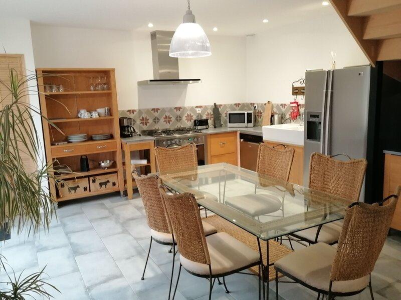 Beautiful house with garden & Wifi, location de vacances à Mousseaux-sur-Seine