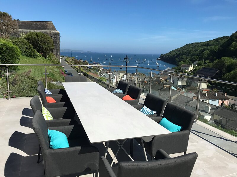 Stunning seaside 5 bed property in Cawsand, Cornwall, holiday rental in Rame