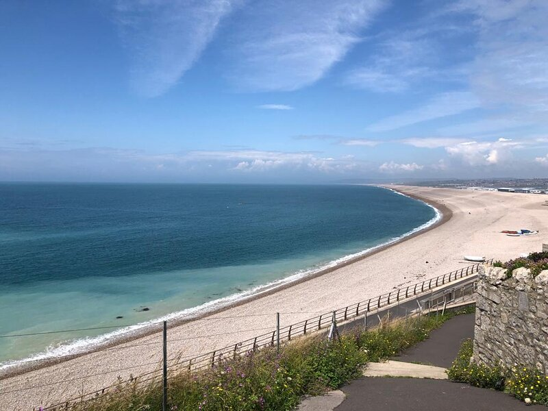 House at Chesil Beach, holiday rental in Weston