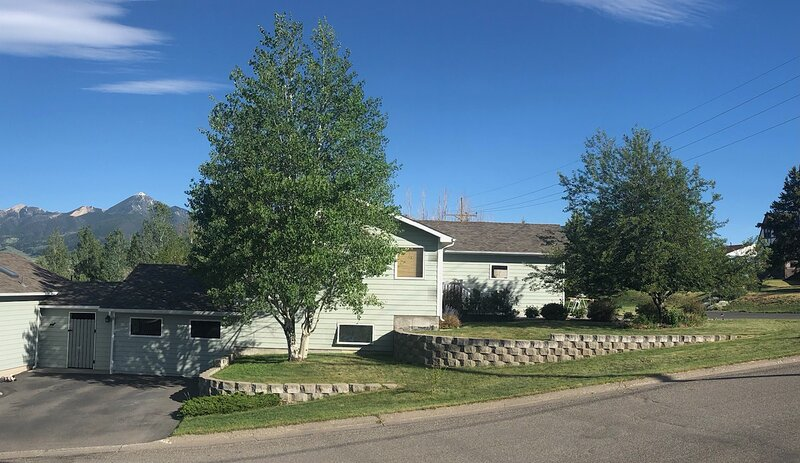 Yellowstone Country Home - launchpad for a trip of a lifetime!, vacation rental in Clyde Park