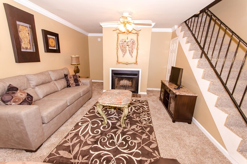 Condo Retreat, A great place to relax!, holiday rental in Huntsville