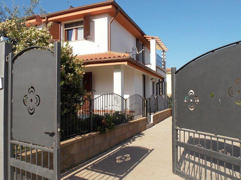 Shardana Blu - Casa Vacanze, Ferienwohnung in Girasole
