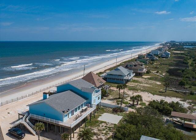 Beachfront Sapphire   Luxe Stilted Home, Expansive Deck, Ocean & Estuary View, location de vacances à Marineland