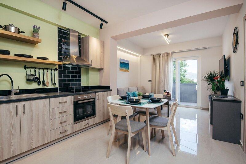 Anastasia 2-Bedroom Apartment - Corner45 Apartments, holiday rental in Kalamaki