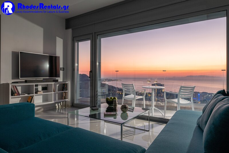 Rhodes Skyline Suites A, holiday rental in Asgourou