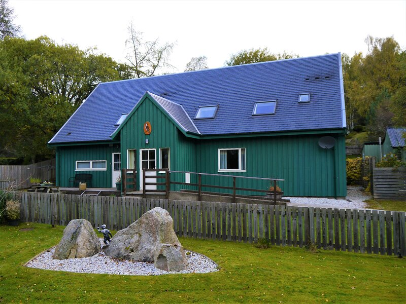 Osprey Cottage, holiday rental in Carrbridge