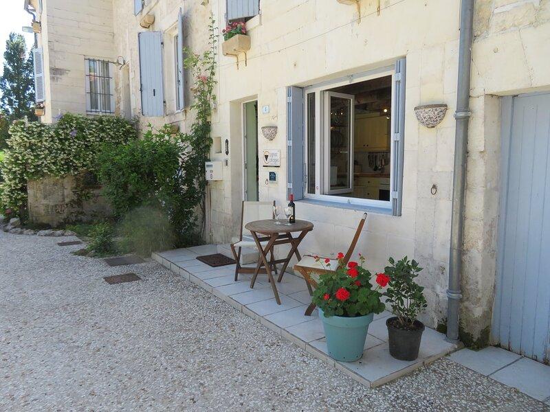 La Maison du Bonheur, holiday rental in Saint-Preuil