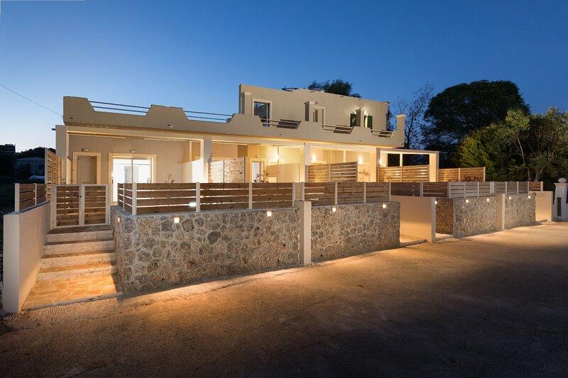 Senses Suite Dio: Luxury, renovated Apartment in Corfu, holiday rental in Dassia