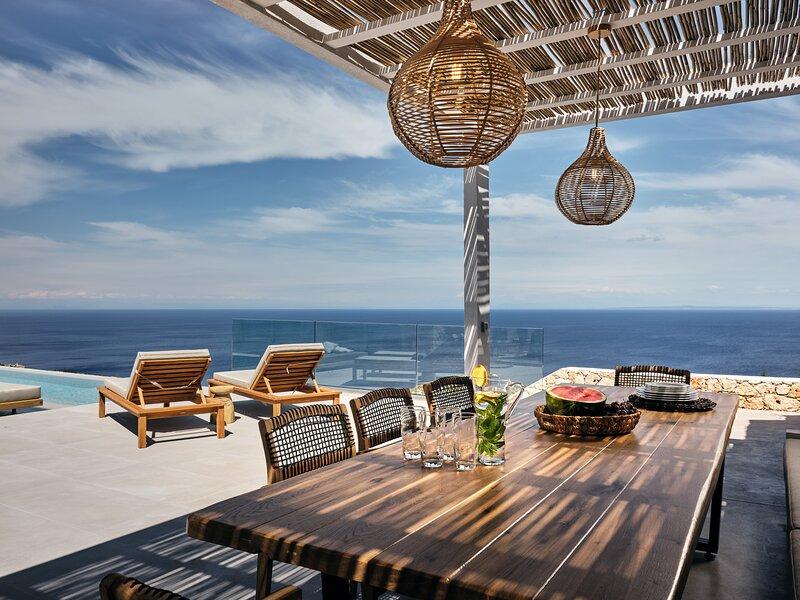Olivia Luxury Villa - Etheria Villas & Suites, holiday rental in Agios Nikolaos