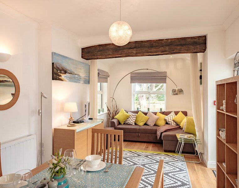 St Martins Apartment, holiday rental in Tredrizzick